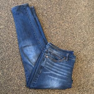 BANDOLINO- Skinny Ankle Jeans